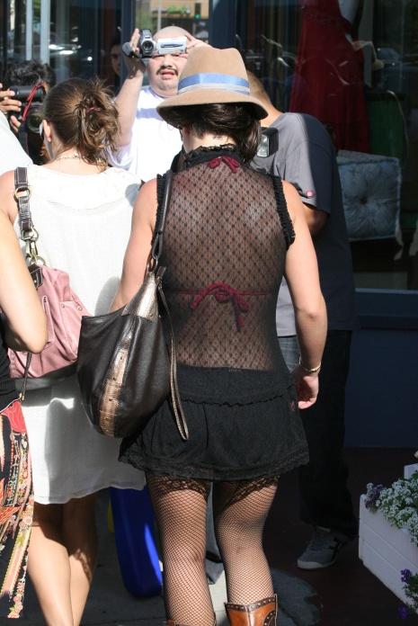 Britney spears upskirt red dress ass
